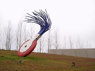Claus Oldenburg typewriter eraser is Seattle's Olympic Sculpture Park