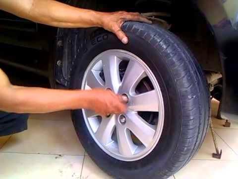 Tips Mengganti Roda Mobil