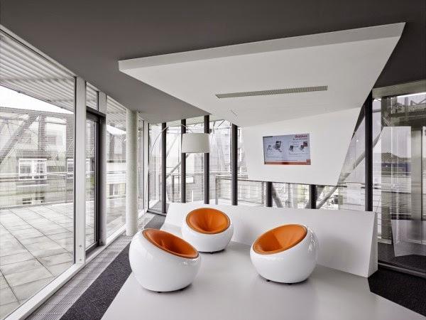 desain-interior-kantor-modern-dinamis-energik-innocean-ruang dan rumahku-blogspot_014
