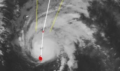Hurrikan OPHELIA meint es anscheinend gut mit Bermuda, Ophelia, Atlantik, Bermudas, Satellitenbild Satellitenbilder, Verlauf, Zugbahn, Vorhersage Forecast Prognose, Oktober, 2011, Hurrikansaison 2011, major hurricane, aktuell,