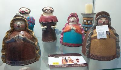 Delly Figueiredo; Eduarda Figueiredo; artesã; artesanato; feira; arte popular; lazer.