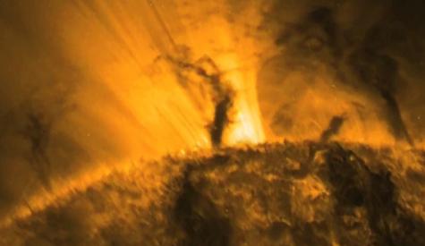 Tornado Sebesar 5 Kali Bumi