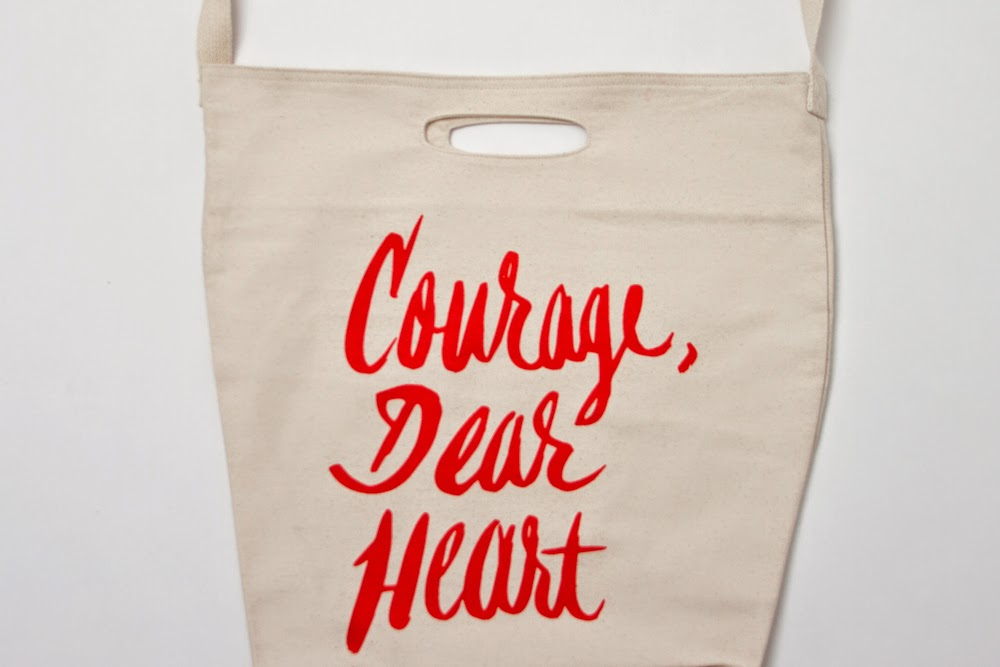 Courage, dear heart - Narnia - Jordan Dene tote bag - Hello, Handbag