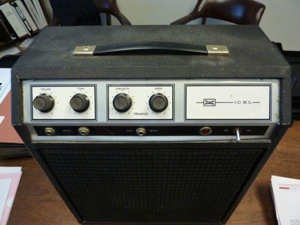 Craigslist Vintage Guitar Hunt: Sears 1421 / 10XL Tube ...