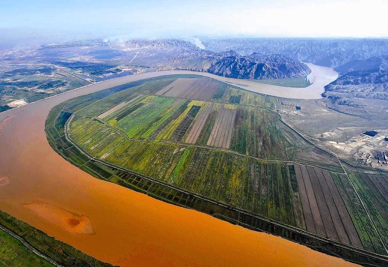 Yellow River, Madoi, Golog, China