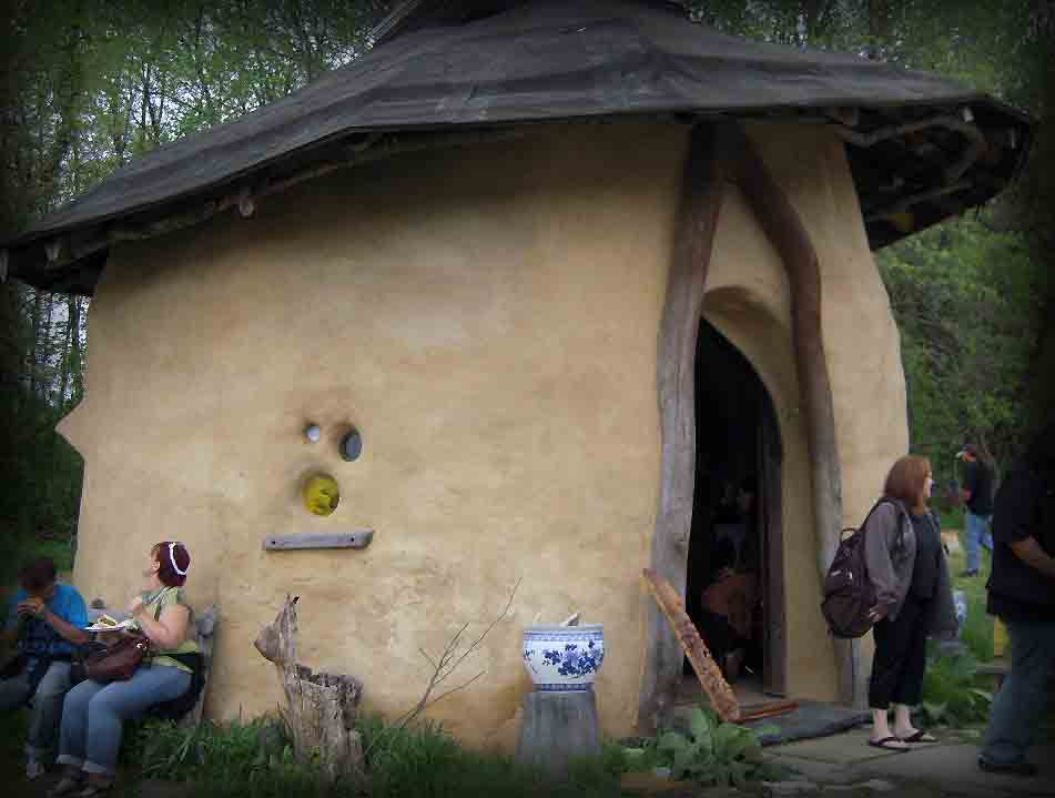 Meadow Creek Farm Little Hobbit House