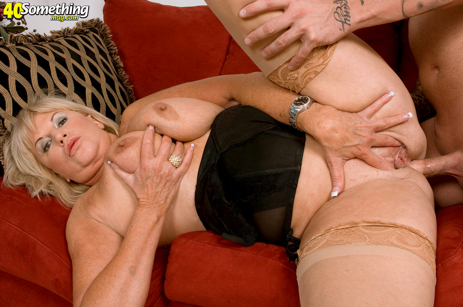 Mature women who love anal