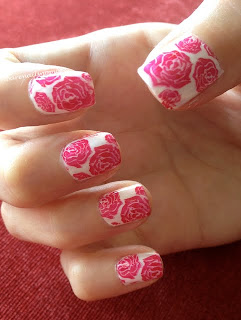 Red roses stamped on white BM323