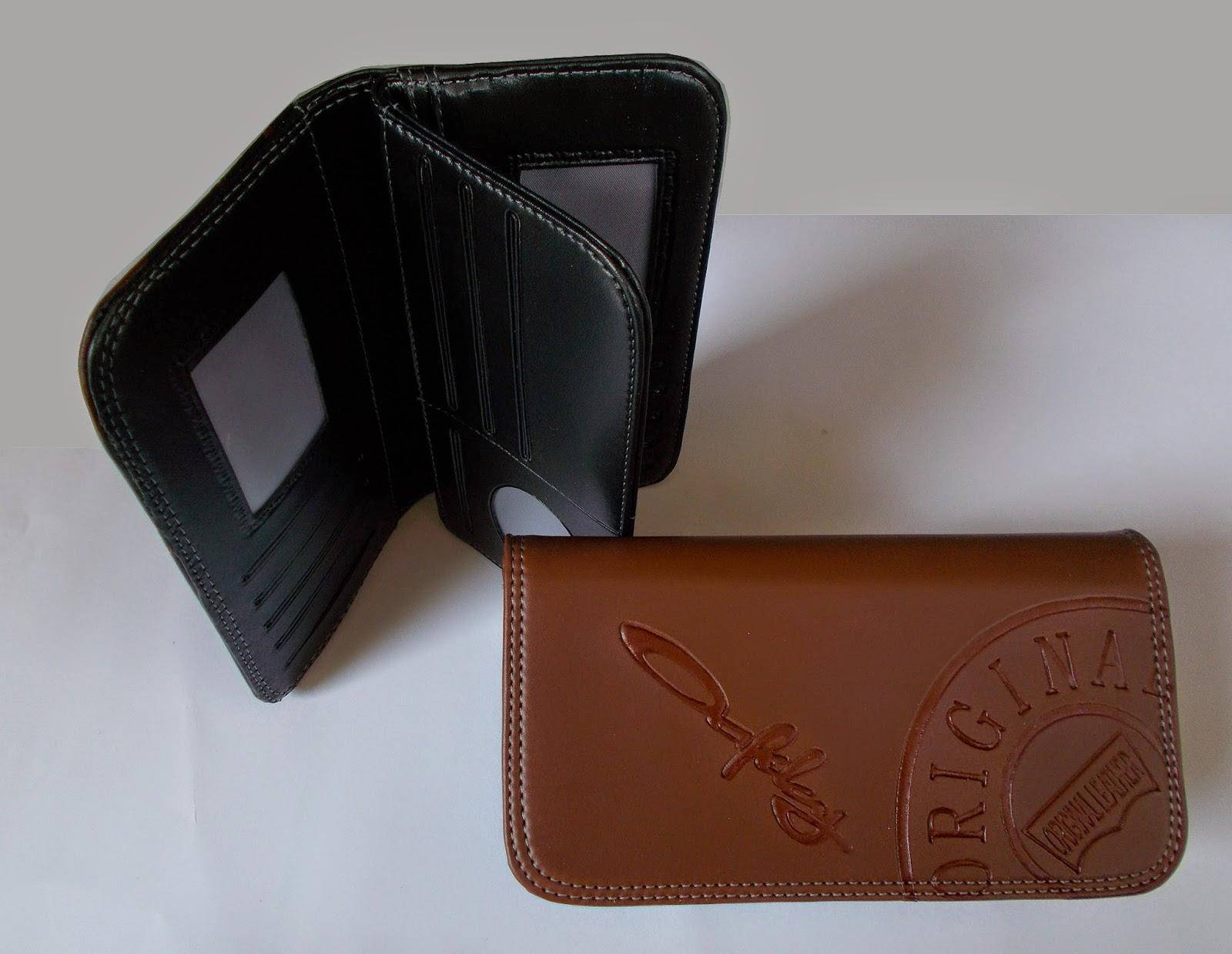 Dompet OAKLEY Lipat Panjang