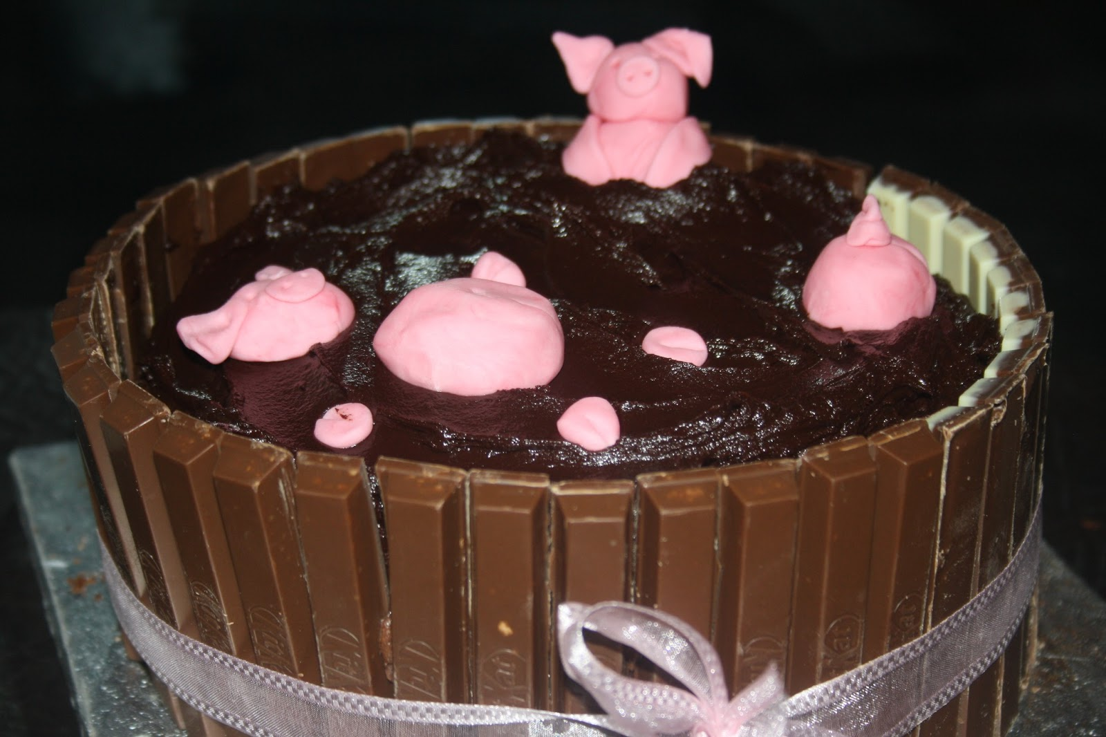 Mississippi Mud Pie Pig Cake