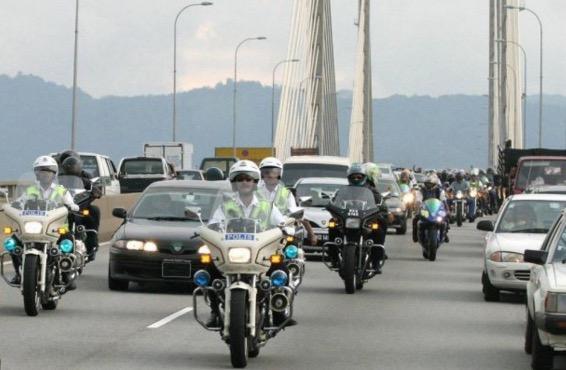 KPN beri amaran kepada rakyat yang ingkar arahan polis pengiring