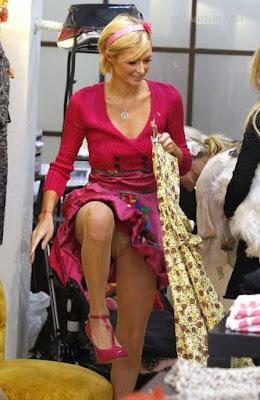 Paris Hilton Upskirt Candid At Harmony Lane Boutique