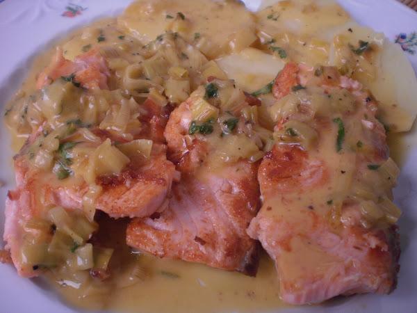 Salsa para salmon cocinar en casa es for Como cocinar salmon plancha