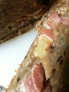 ReceitasMFP: Pão com ananás enrolado em bacon