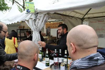 Mercado en el Barrio de Montmartre. Blog Esteban Capdevila
