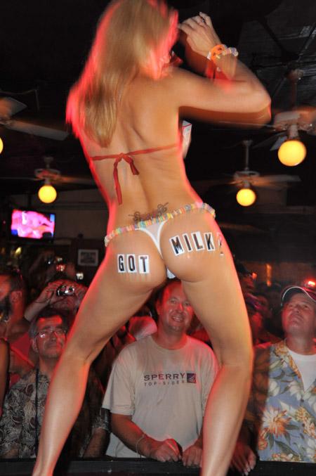 images of nude girls from deja vu