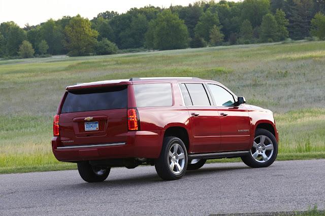 Rear 3/4 view of 2015 Chevrolet Suburban LTZ
