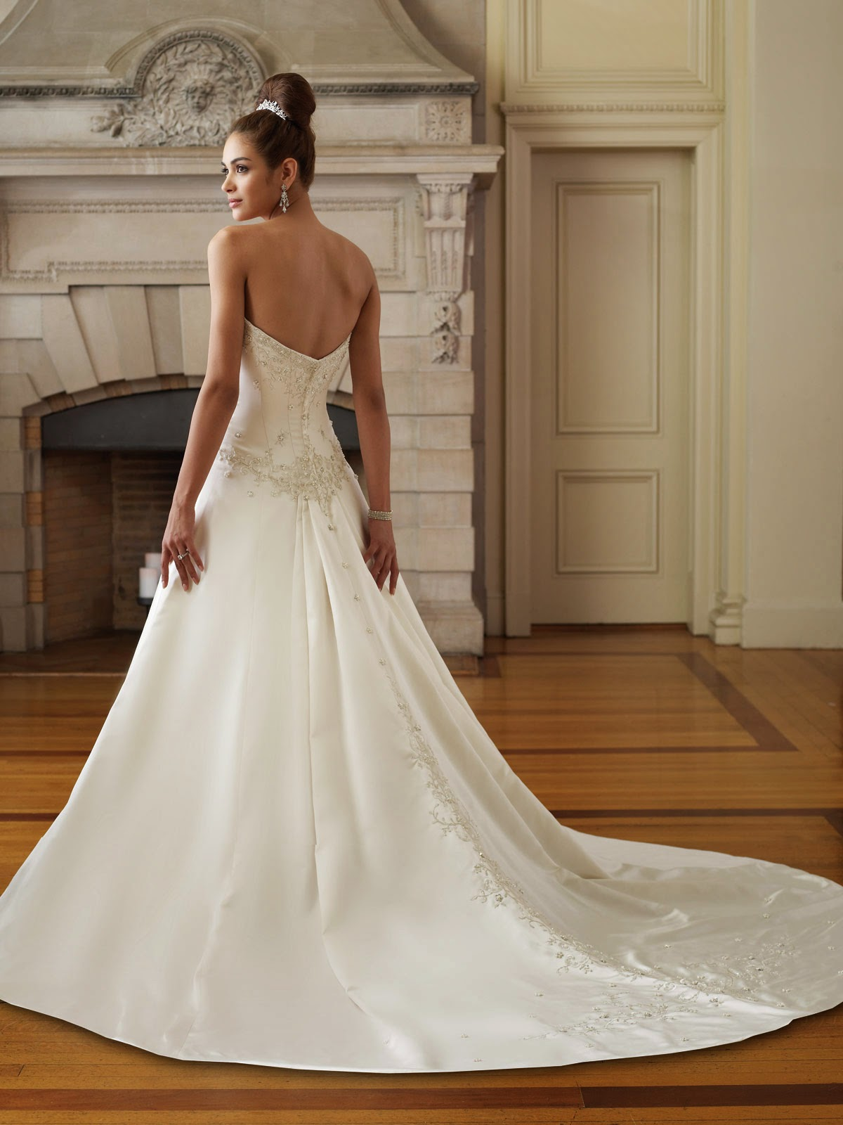 Wedding dress about choosing bridal underwear wedding for Undergarments for wedding dresses