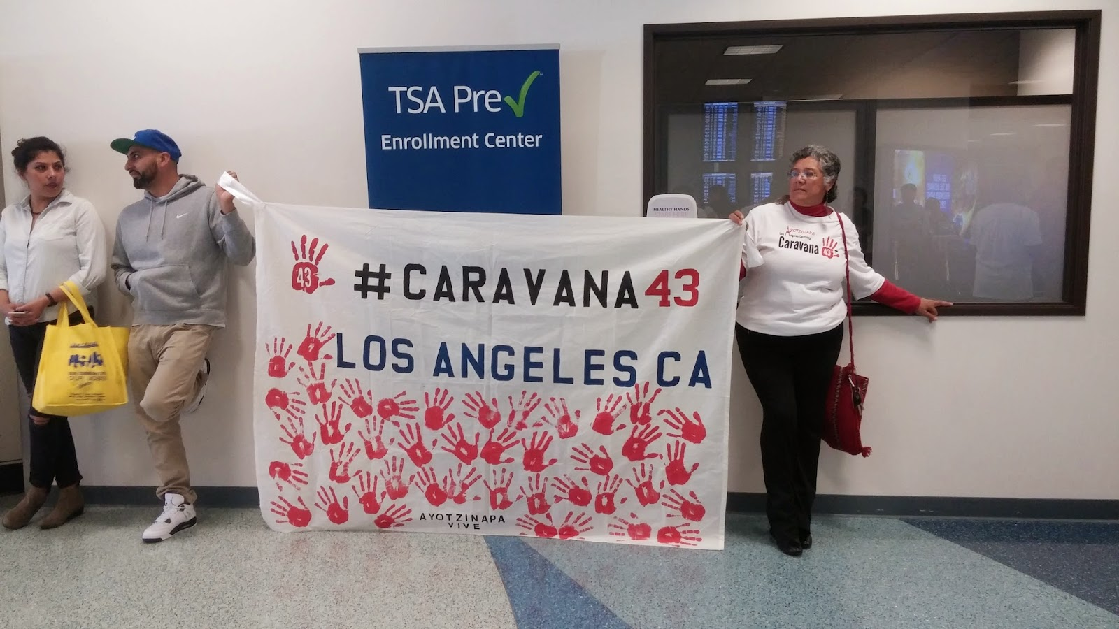 La Bloga Blog Has Moved To Wwwfeliciafollumcom Circuit Board Business Card This Past Weekend Los Angeles Was Honored Have Been One Of The Stops Caravana 43 A Usa Tour Students Teachers And Families From Ayotzinapa