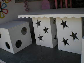 mesa cubo 1,50 x 0,70  desmontável