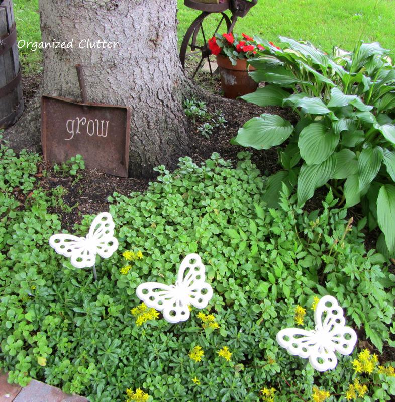 Butterfly Garden Pick Tutorial www.organizedclutterqueen.blogspot.com