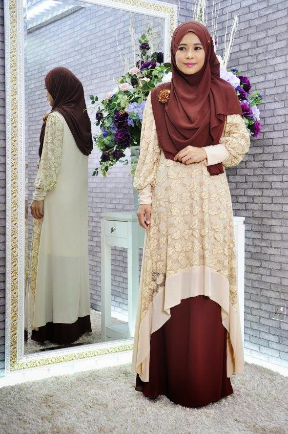 FISHTAIL DRESS WITH LACE Code 0232