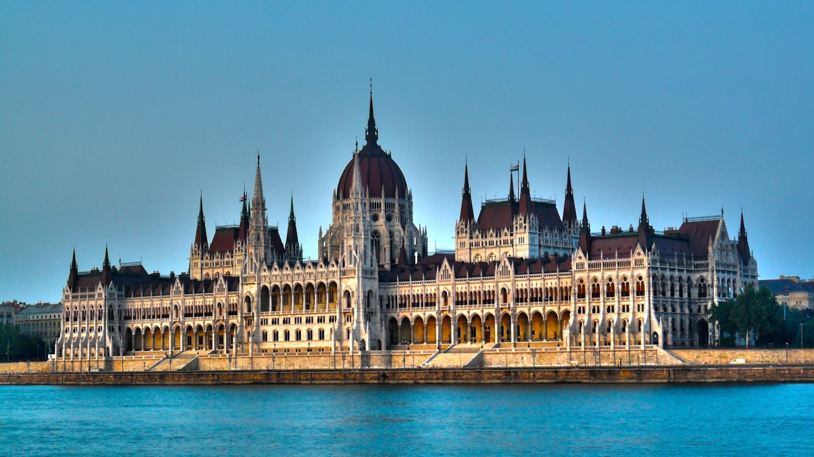 Most Beautiful Parliament Buildings In The World Mathias