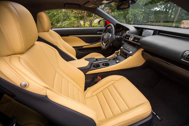 Interior view of 2015 Lexus RC350