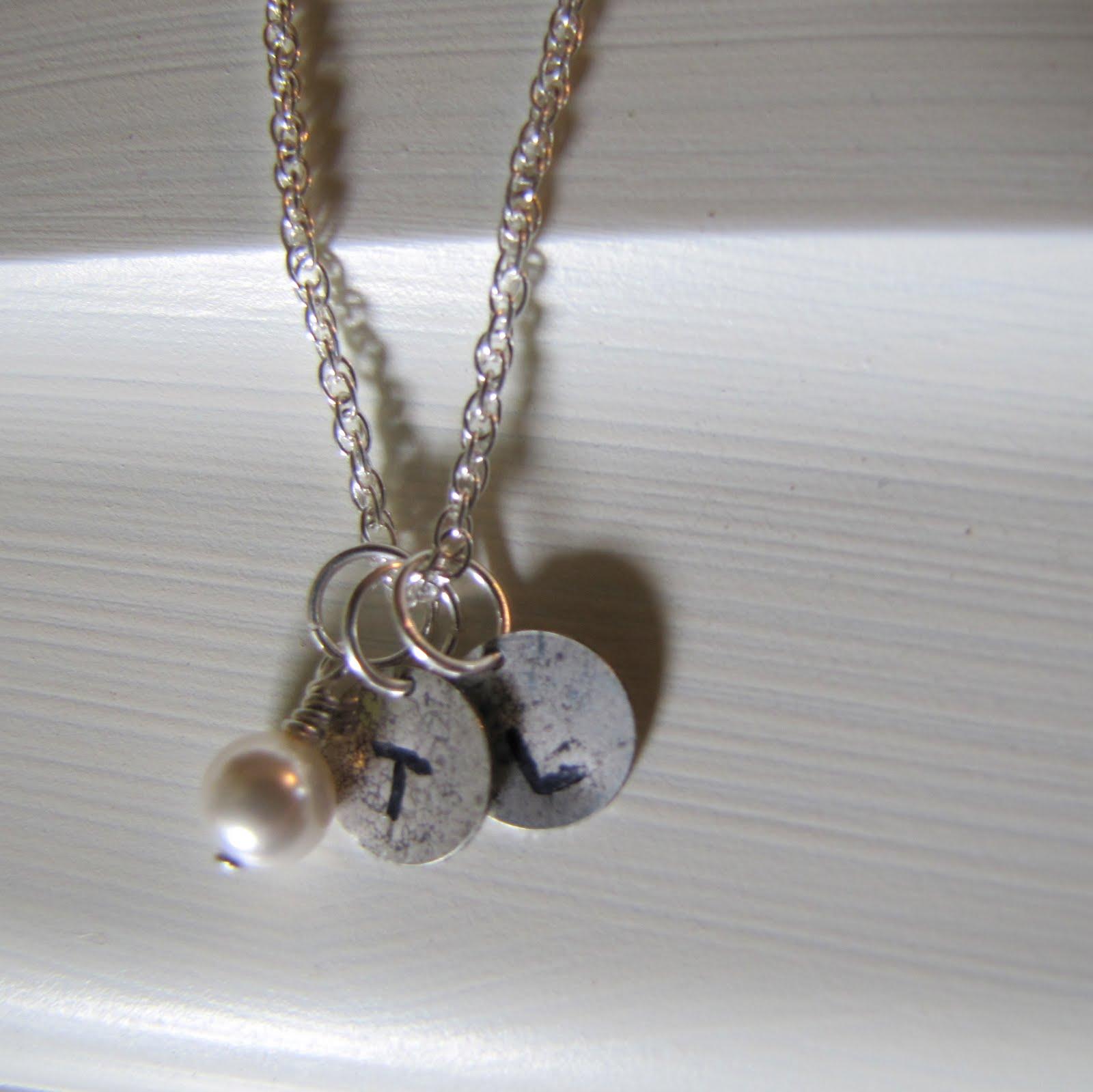 Dishwasher: Mothers necklace