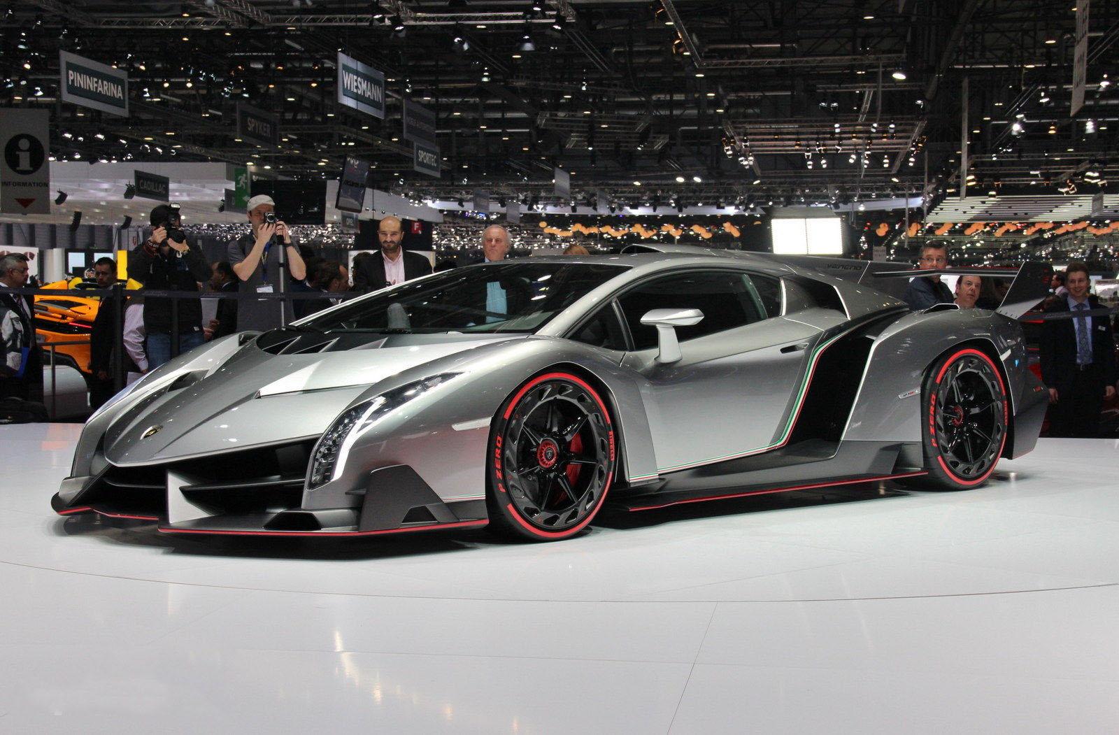 automovel Lamborghini Veneno 2013