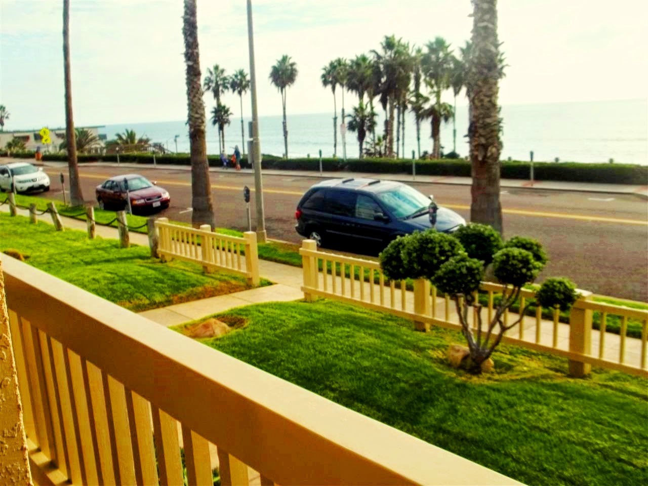 140 PACIFIC - Oceanside, CA 92054
