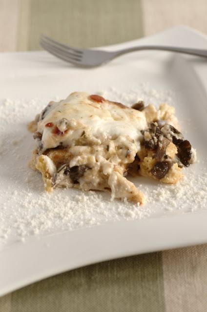 Polenta pasticciata con funghi chiodini e mozzarella di bufala