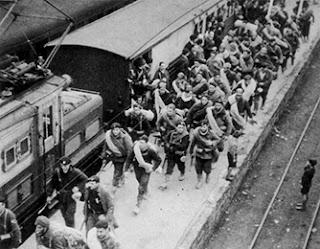 Brigade Internasional tiba di Madrid