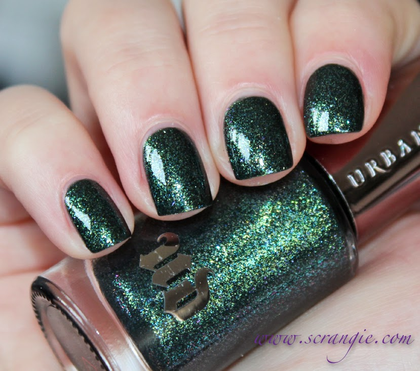 Scrangie: Urban Decay Zodiac Nail Lacquer for Holiday 2013
