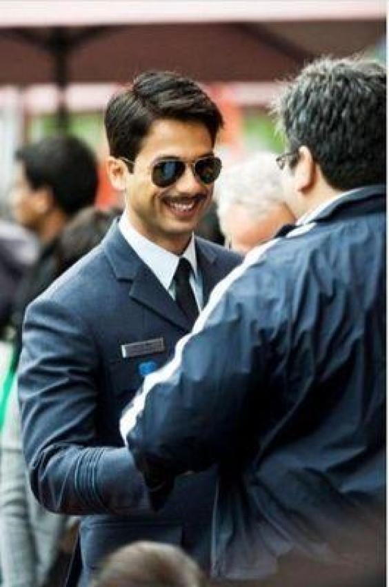 Bollywood Movie Blog: Mausam - First Look, Wallpapers and ...