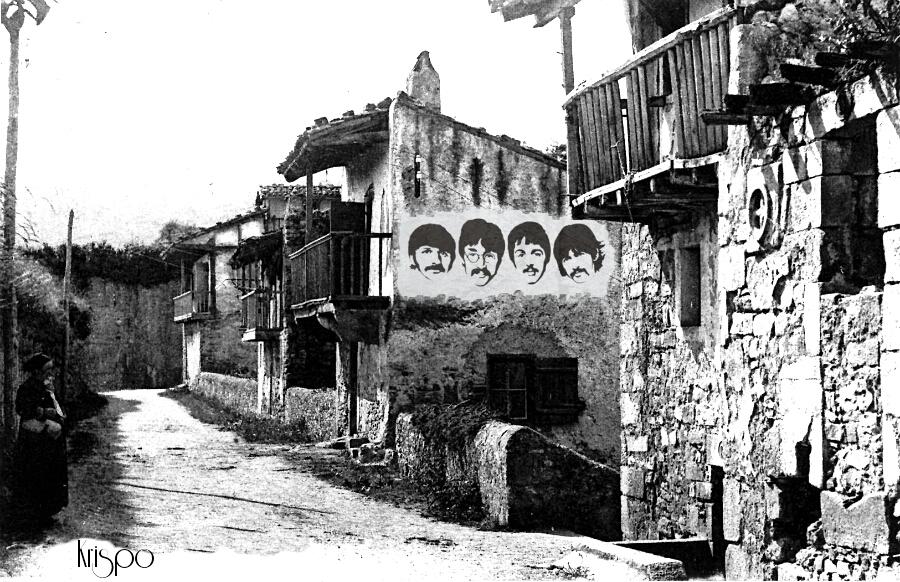 fotografia antigua de una calle de hondarribia