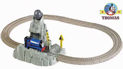 Sir Handel the tank engine Thomas the Train Blue Mountain Mystery toy TrackMaster Runaway Boulders