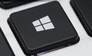 cosa fa il tasto Windows