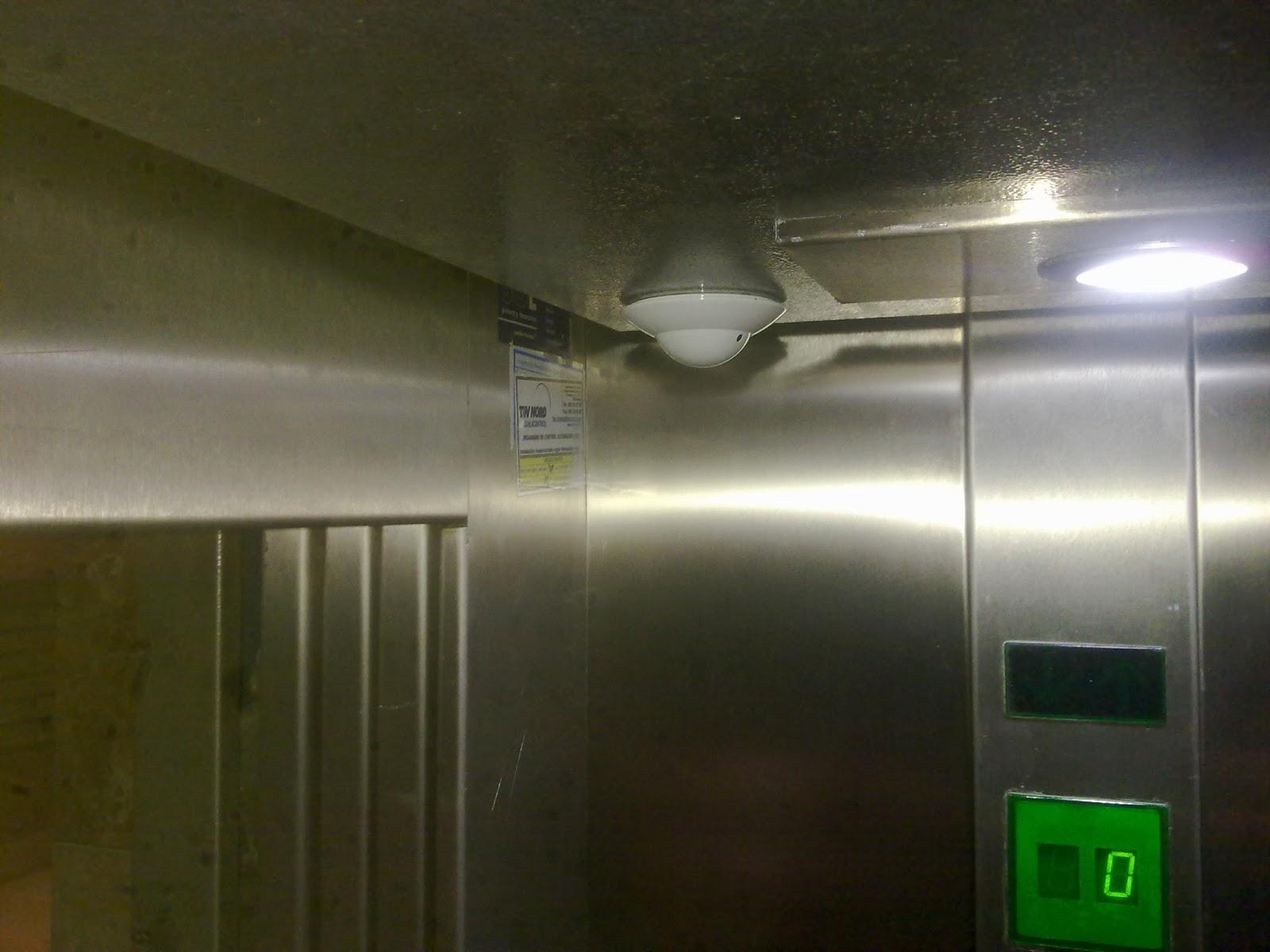Grupo tecnovision m laga instalaci n de c maras de v deo - Precio instalacion ascensor ...
