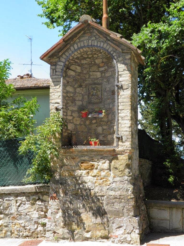 Tabernacoli italiani castellina in chianti sant 39 angelo for Nicchia sinonimo