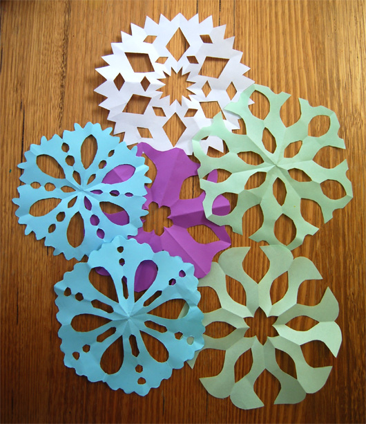 At home with Ali: Christmas cards with paper snowflakes