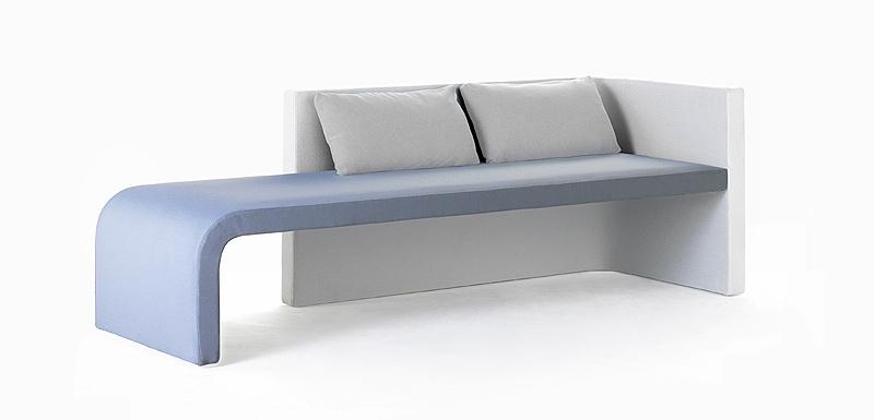 Interiores minimalistas zas la primera colaboraci n entre josep llusc y rafemar - Rafemar sofas ...