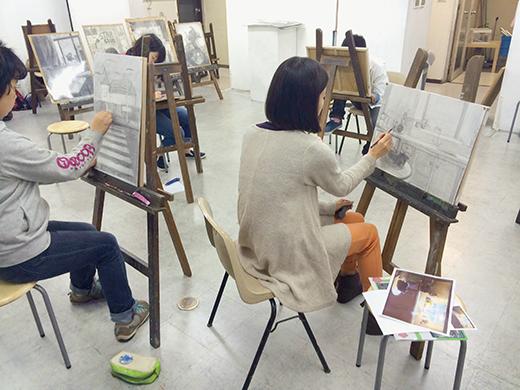 横浜美術学院の中学生向け教室 美術クラブ 言葉からイメージするデッサン『家』9