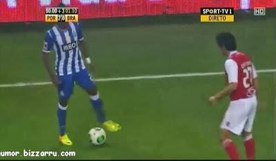 Kelvin faz finta fantástica no FC Porto - SC Braga
