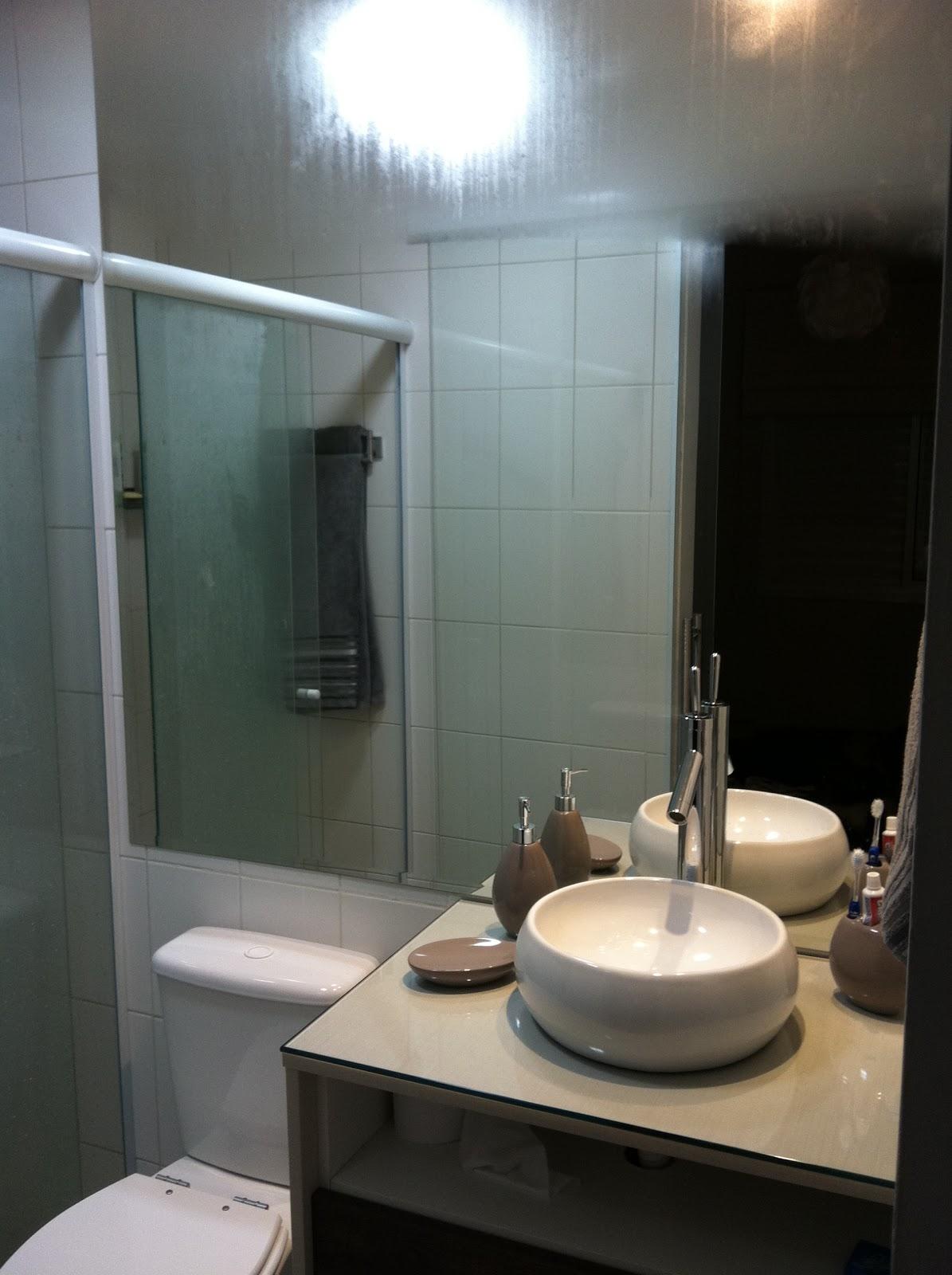 Imagens de #80694B não reparem no espelho suando acabei de dar banho e colocar o bebe  1195x1600 px 2840 Box Banheiro Lar Center