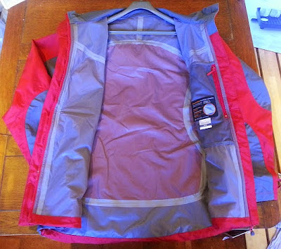 Trespass Rain Jacket Review - Kangchen Ladies Waterproof Windproof inside seams