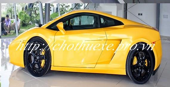 Lamborghini Mucielago vàng