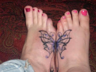 Tatuagens femininas nos pés 3