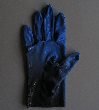 おニューの手袋