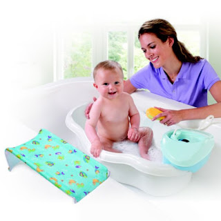 journey to motherhood new baby bath tub for the little one. Black Bedroom Furniture Sets. Home Design Ideas